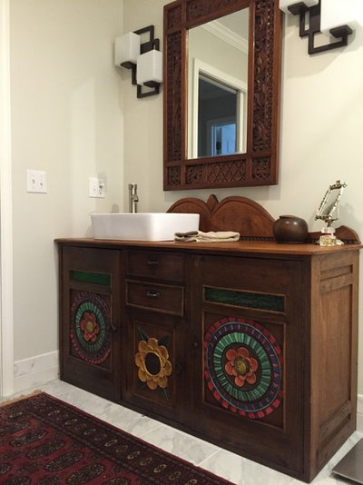 Simple Bathroom Vanity Roundup