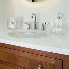 Contemporary Bathroom by INVIEW Interior Design