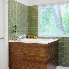 Soaking tub - Japanese style