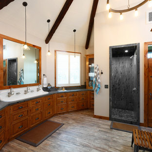 75 Rustic Bathroom Design Ideas