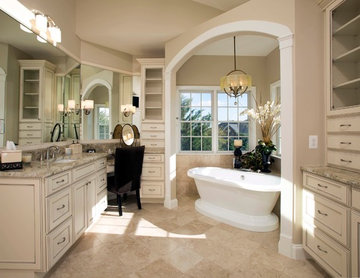 Venetian-Style Bathroom in Ashburn, Virginia