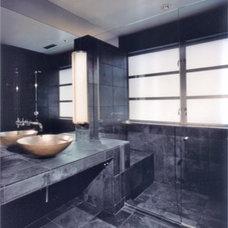 Modern Bathroom Veverka Architects