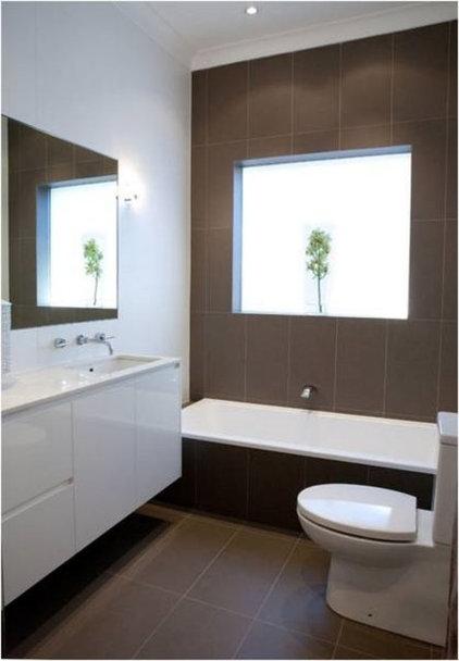 Modern Bathroom by Victoria Waters Design Pty Ltd
