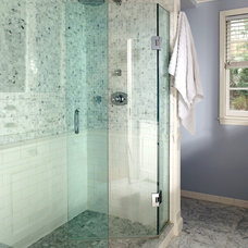 Traditional Bathroom by AHMANN LLC