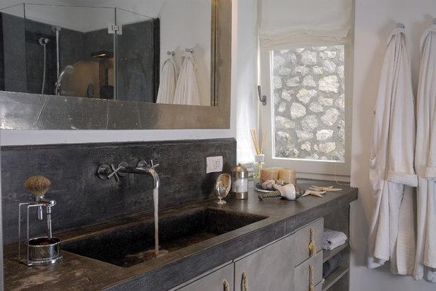Mediterranean Bathroom by Fabrizia Frezza Architecture & Interiors