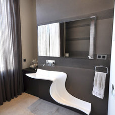 Contemporary Bathroom by FOC Design