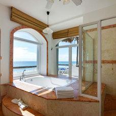 Beach Style Bathroom by Roland Kuczora