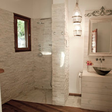 Beach Style Bathroom by NOMADE ARCHITETTURA INTERIOR DESIGN