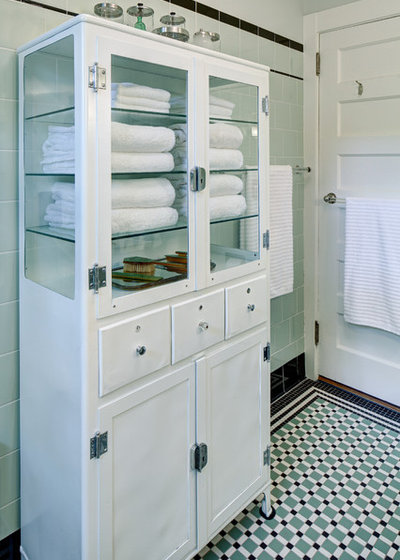 Room of the Day: A Family Bath With Vintage Apothecary Style