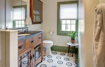 Vintage Bathroom Makeover With a Special Tile Touch