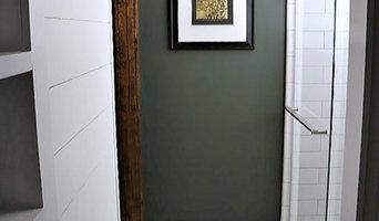 Vintage Farmhouse Master Bathroom Makeover