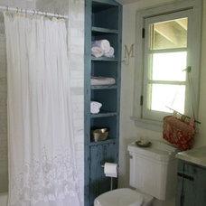 Rustic Bathroom by tumbleweed and dandelion.com