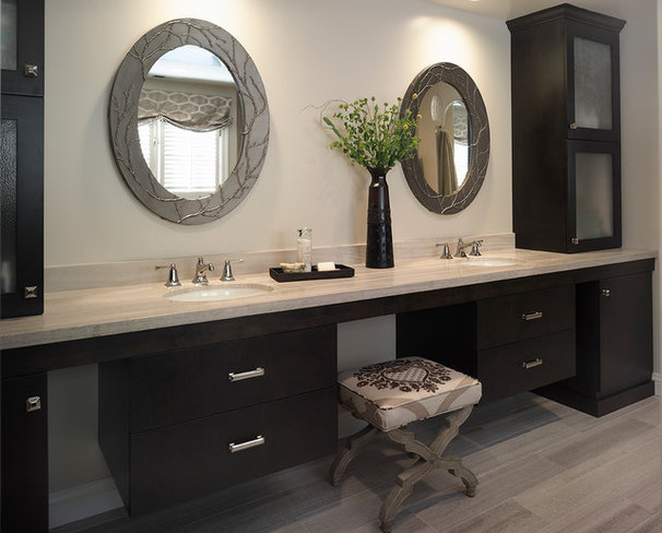Contemporary Bathroom by Sigura Construction