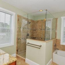 Traditional Bathroom by Javic Homes