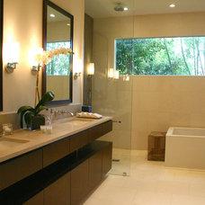 Modern Bathroom by Allen Bianchi