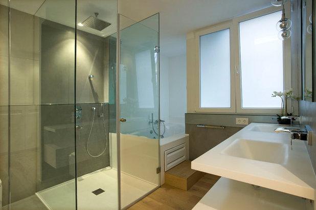 Contemporáneo Cuarto de baño by SERVICONS SL