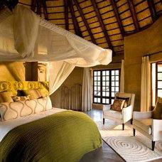 Eclectic Bathroom Vuyani Safari Lodge
