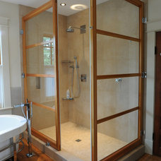 Craftsman Bathroom Walk-in Shower