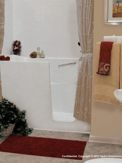 Ergonomic bathroom design ideas remodels photos for Ergonomic designs bathroom