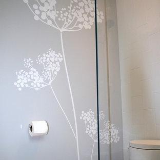 Bathroom - modern bathroom idea in San Francisco