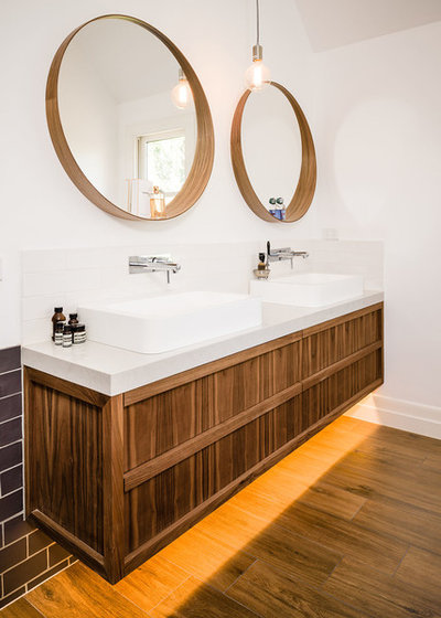 Contemporary Bathroom by Steding Interiors & Joinery