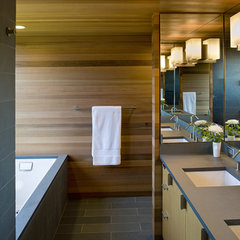 modern bathroom by Warmington & North
