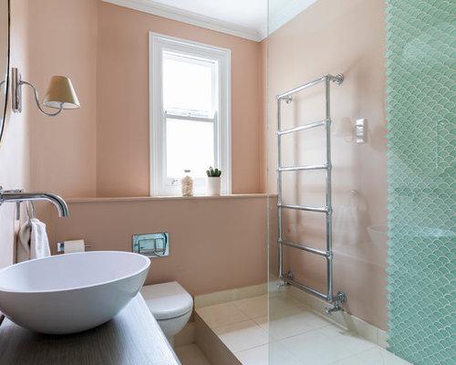 Bagno Con Doccia Aperta : Bagno con piastrelle a mosaico e pareti rosa foto idee arredamento