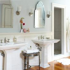 Farmhouse Bathroom by DeGraw & DeHaan Architects