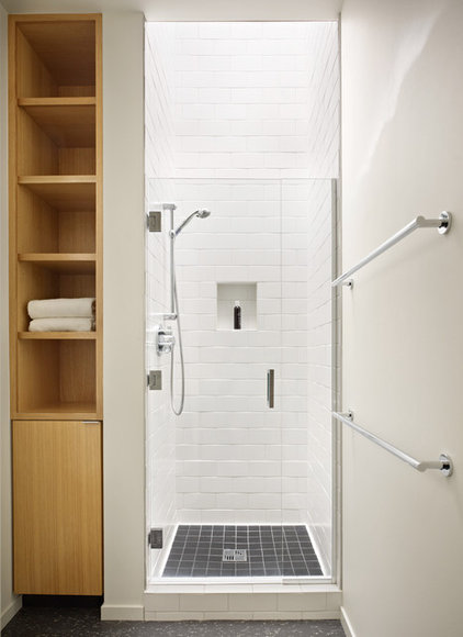 Midcentury Bathroom by Coop 15 Architecture