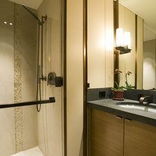 Contemporary Bathroom by Bosworth Hoedemaker