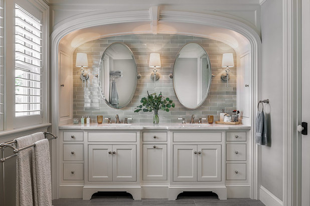 Coastal Bathroom by Timothy M. Giguere, AIA - TMS Architects