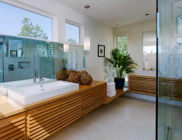 Modern Bathroom by Studio Twenty Seven Architecture
