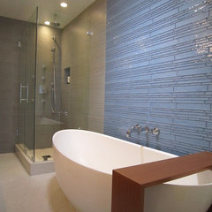 modern bathroom by B&R Creative Builders