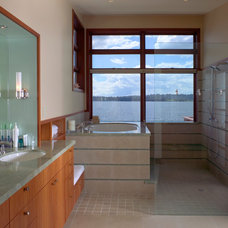 Contemporary Bathroom by Thielsen Architects, Inc. P.S.