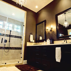 Traditional Bathroom by Vin Yet Architecture