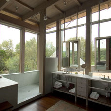 Contemporary Bathroom by Mell Lawrence Architects