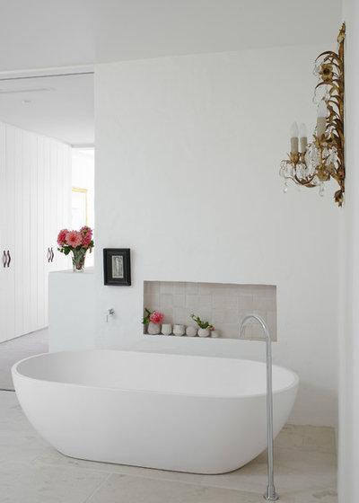 Beach Style Bathroom by Walter Barda Design