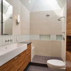 Modern Bathroom by Rossington Architecture