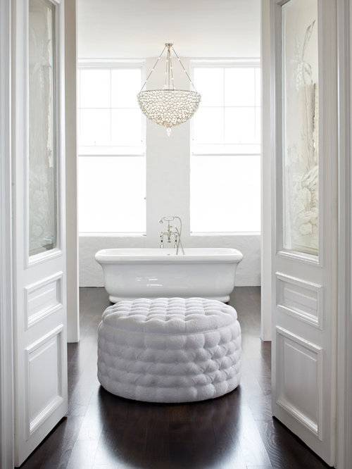 Chandeliers in bathrooms houzz for Bathroom chandeliers