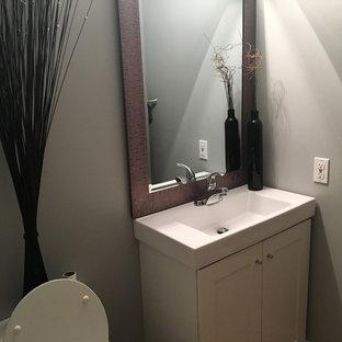 Idee per una stanza da bagno minimalista con pareti grigie e pavimento in sughero