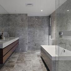 Contemporary Bathroom by Ceramica Senio