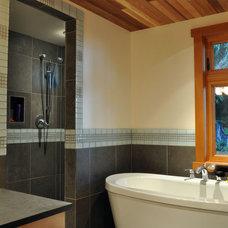 Modern Bathroom by Phi Ventures Ltd