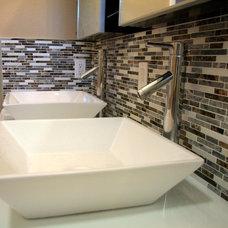 Contemporary Bathroom by Noah Construction & Design