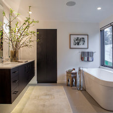 Contemporary Bathroom by Scott Edwards Architecture