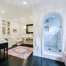 Traditional Bathroom by Abbott Moon