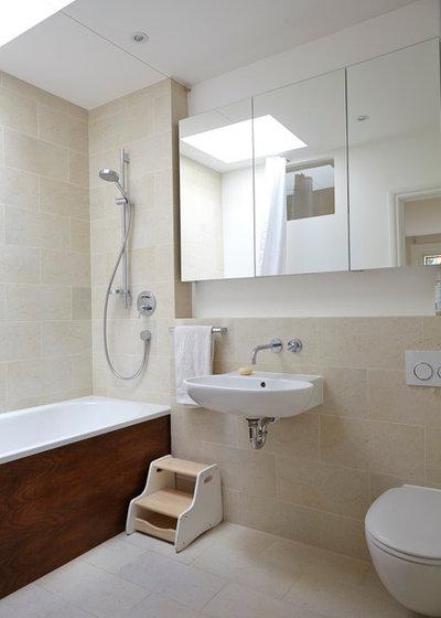 Modern Bathroom by Elgin & Ellis Limited