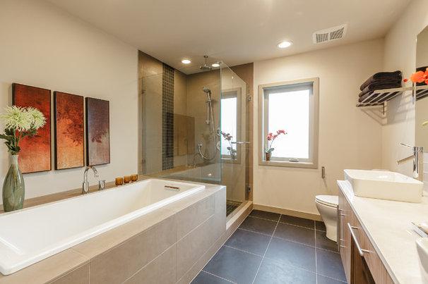Contemporary Bathroom by RD Construction