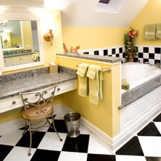 Eclectic Bathroom by DAVIDSON HOMES