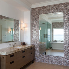 Contemporary Bathroom by John McSkimming Construction Ltd