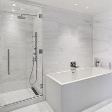 Contemporary Bathroom by ORA Studio inc
